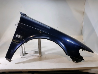 Right front fender 4922340