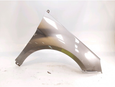 Right front fender 1698800818
