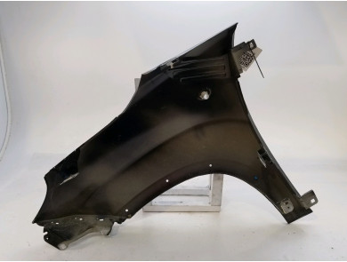 Right front fender - 51976570