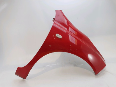 Right front fender 63100-AX630-